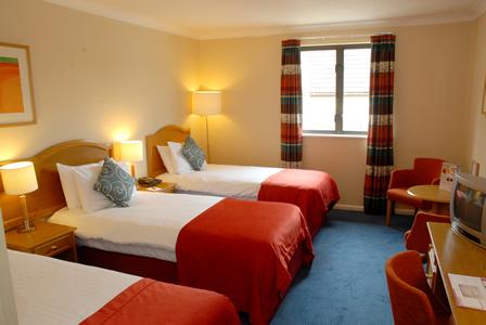 448x300Witney room 25